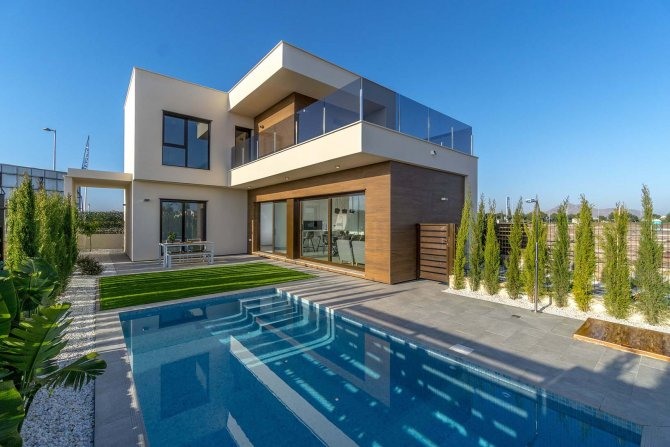 Fabulous New Roda Golf Villa With Pool