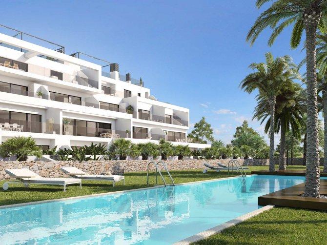 Las Colinas Golf Apartments