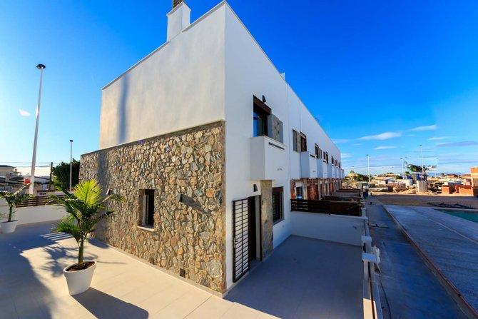 New 3 bedroom homes in Torrevieja